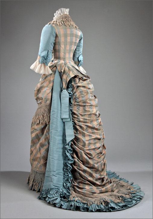 1870s-bustle-dress