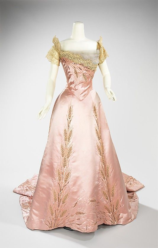Evening Dress, 1900, Worth; Metropolitan Museum of Art (2009.300.1250a, b)