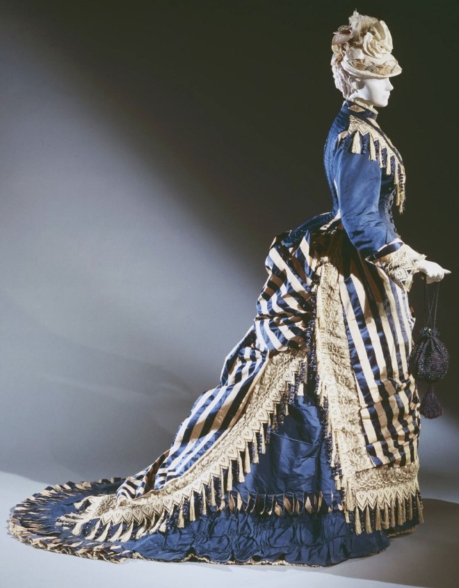 Day Dress, Emile Pingat, French, c. 1874; Philadelphia Museum of Art (1938-18-12a,b)