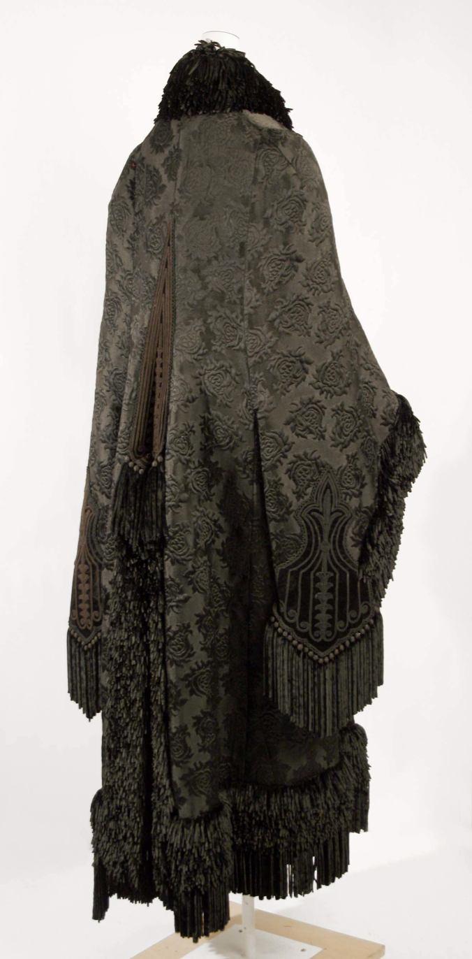Cloak Pingat c. 1879 - 1880