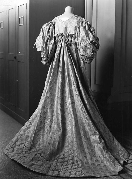 Worth Tea Gown 1894