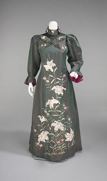 Tea Gown c. 1898 - 1901