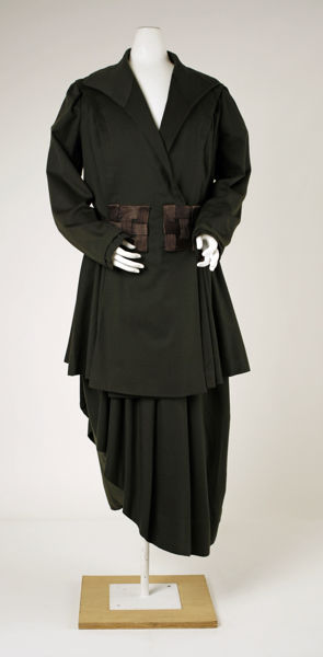 Walking Suit Worth c. 1913