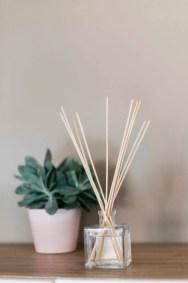 diffuseur de parfum huiles essentielles fait maison (1)