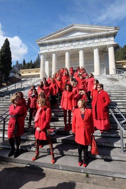 100donne contro violenza donne