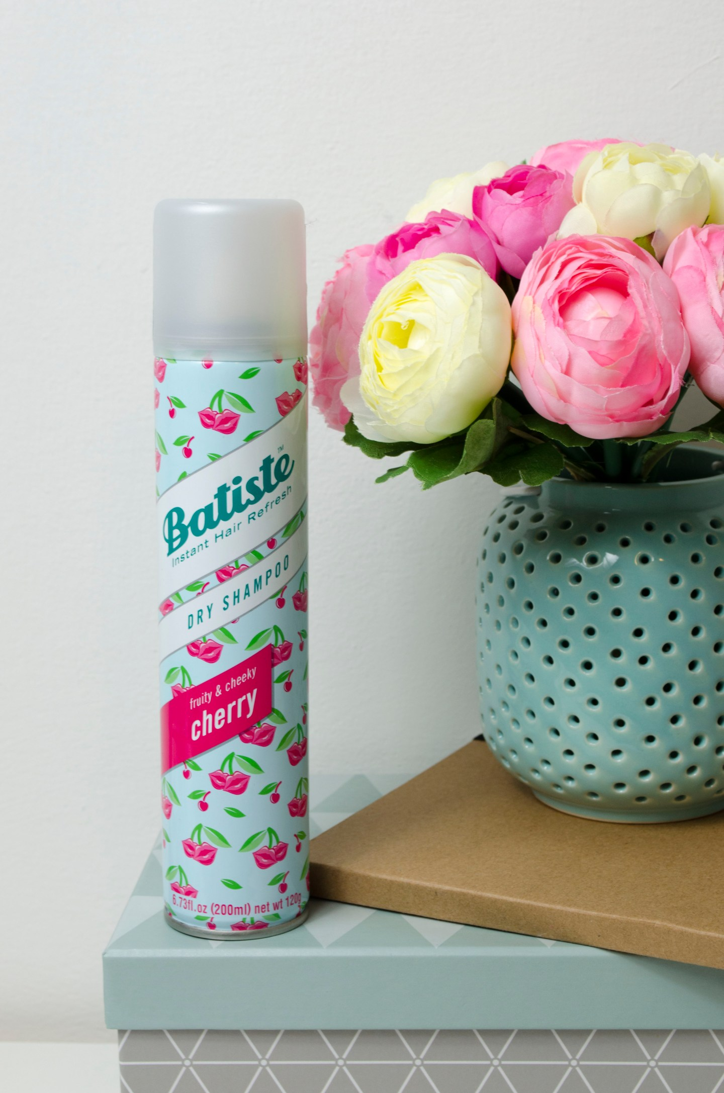 Batiste_Fruity_&_Cheecky_Cherry_Dry_Shampoo_Lilyscolours