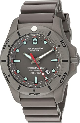 Watches for Men: Victorinox Swiss Army Men s I N O X  Pro Diver Watch (Victorinox Watches for Men), (Victorinox).