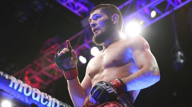 juara UFC 254
