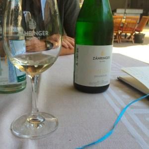 Zaehringer_cremant_winetasting