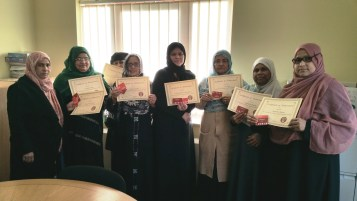 e3 Learners from Sonali Gardens get their certificates