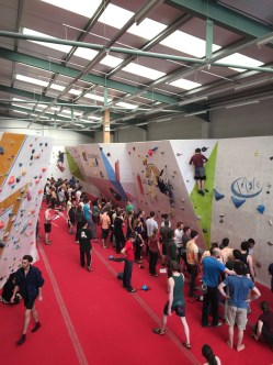 So many people climbing, making for lots of waiting to get on the problems...