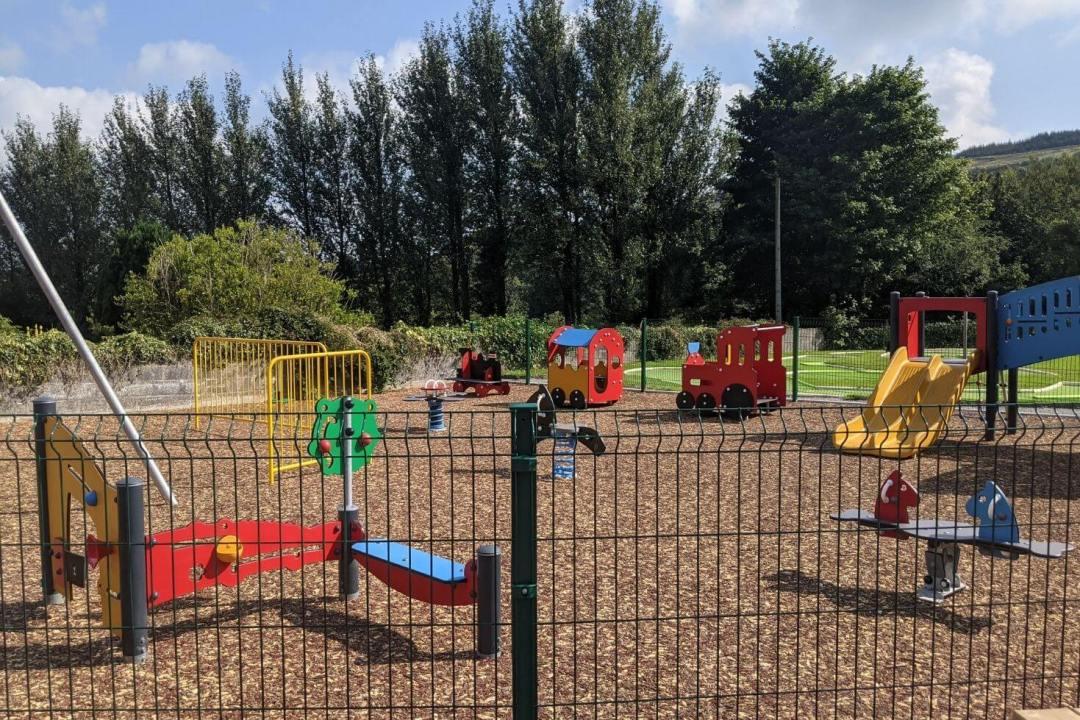 Barnagh Greenway Hub   Playground and Crazy Golf