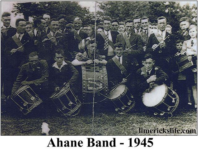 ahane band 1945