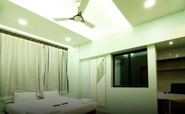Luxury-5-Bedroom-in-Dadar-near-station-gallery-14