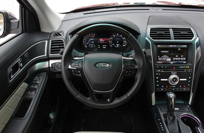2016 Ford Explorer Platinum 11