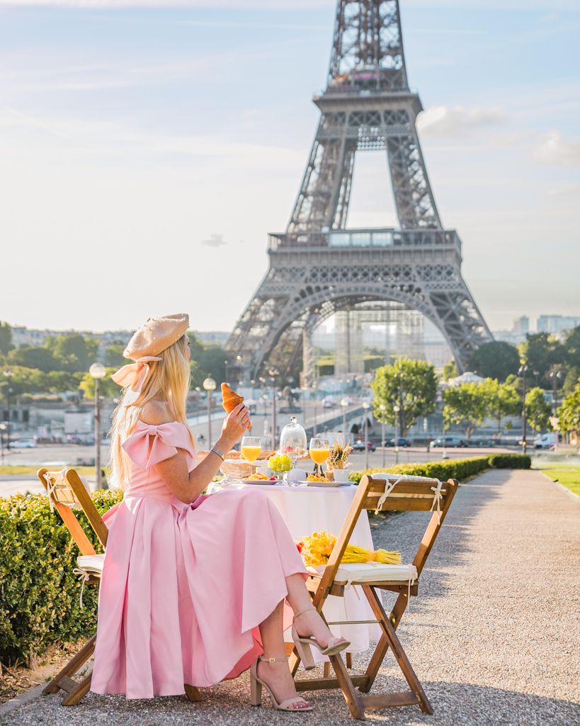 Breakfast at the Eiffel Tower in Paris