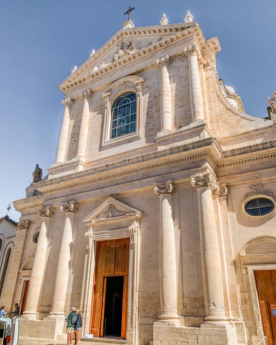 Chiesa Madre di San Giorgio - Church St. George the Martyr in Locorotondo - Puglia