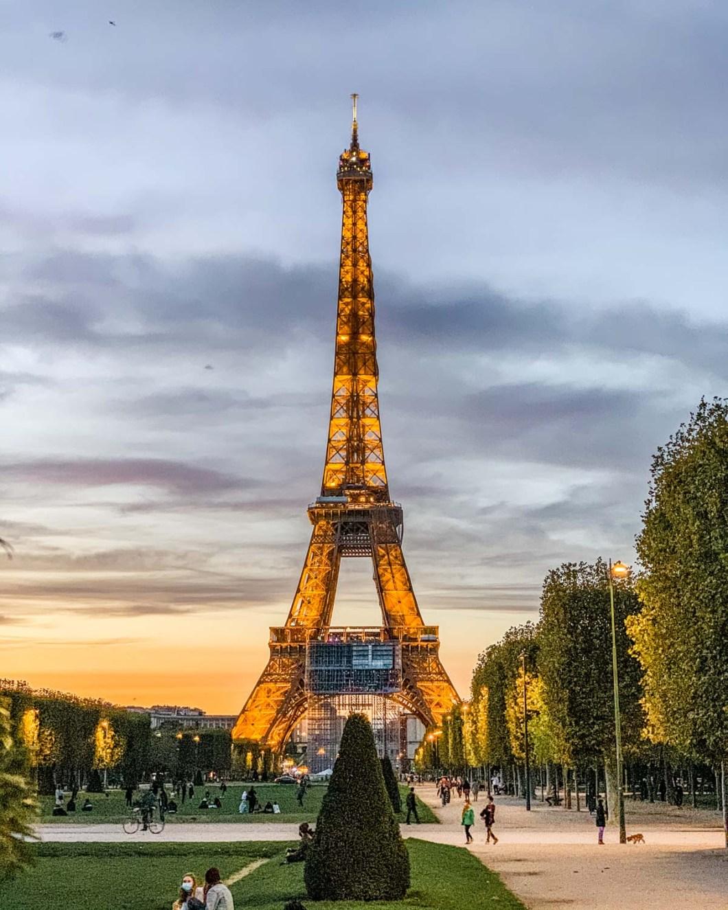 Parc du Champ de Mars in Paris