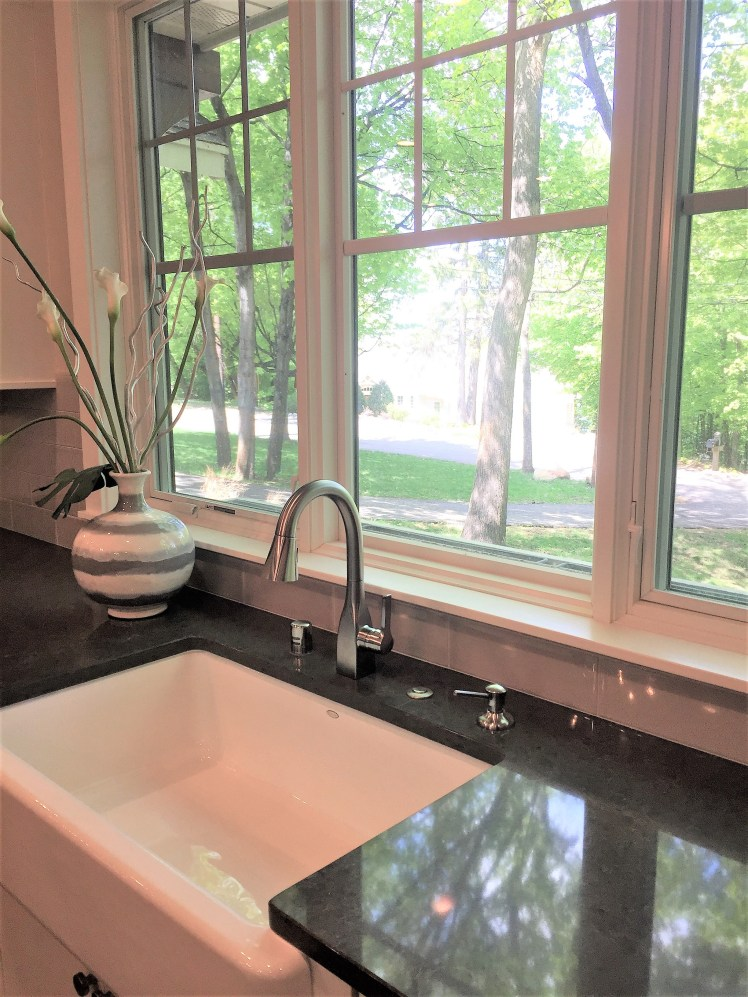 Undermount Farm Sink