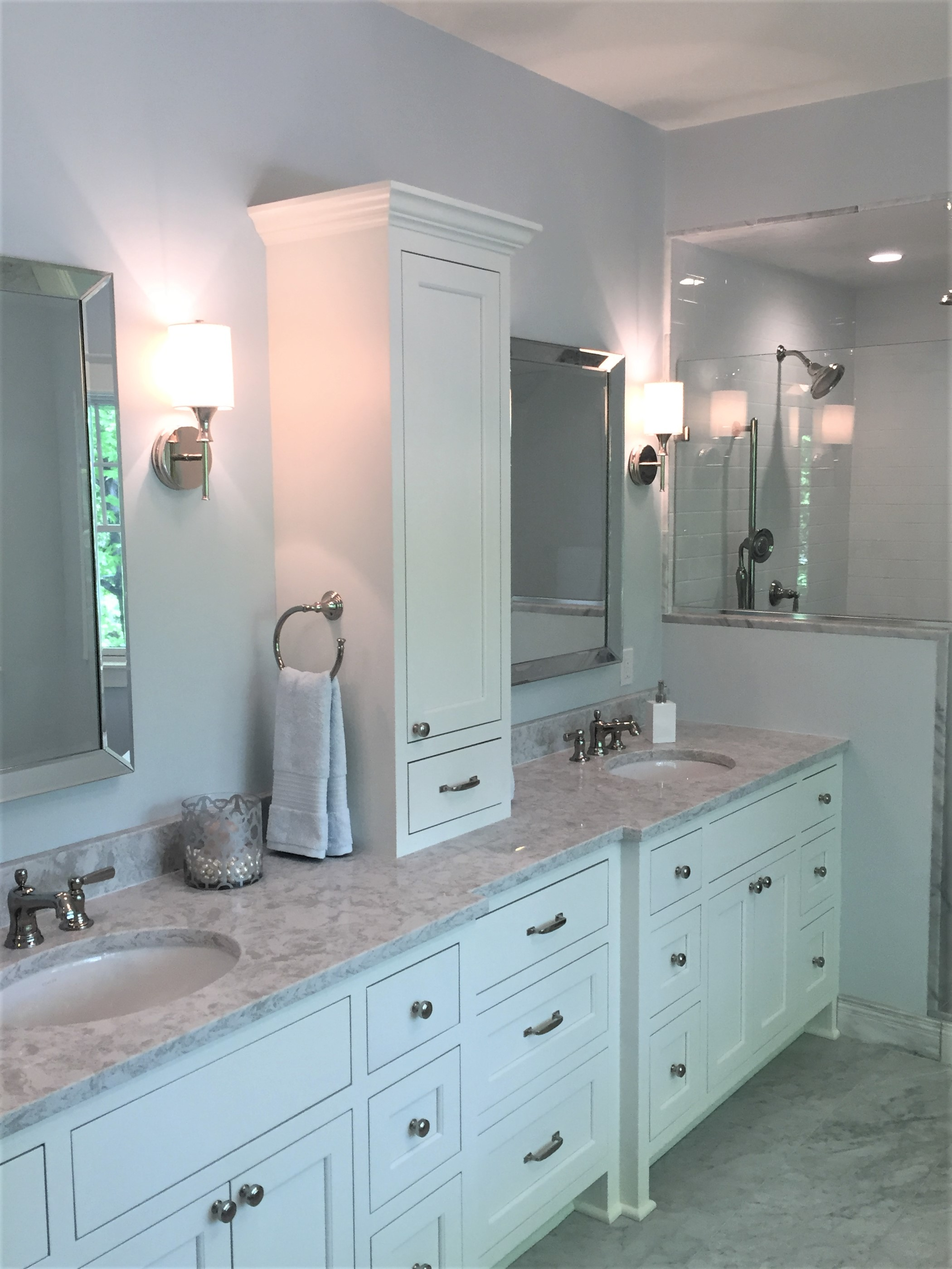 Picture of sink in master bathroom