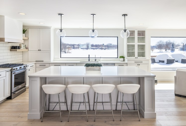 Bright lakeside kitchen photo