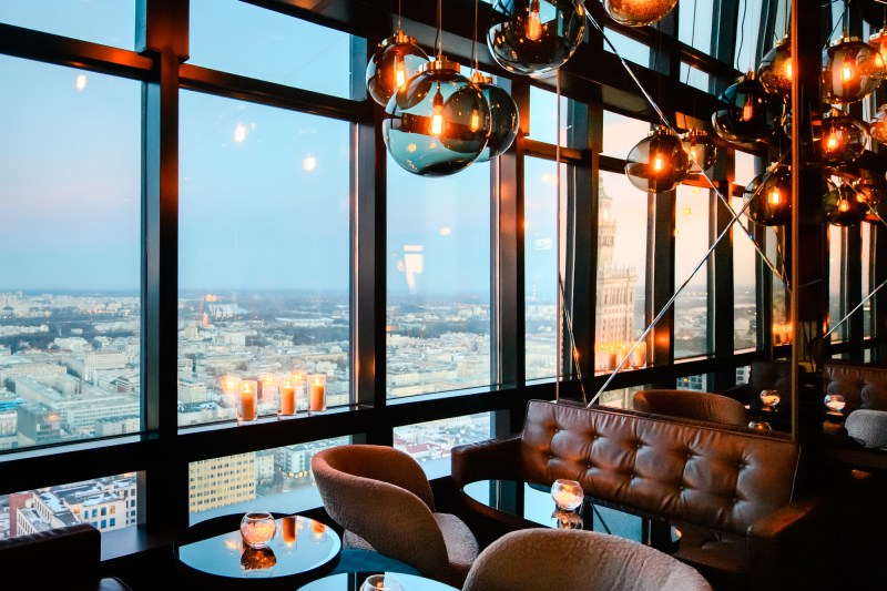 sky bar 800x533 - THE ULTIMATE GUIDE TO TRAVEL TO POLAND ON A BUDGET; PART 2 - WARSAW