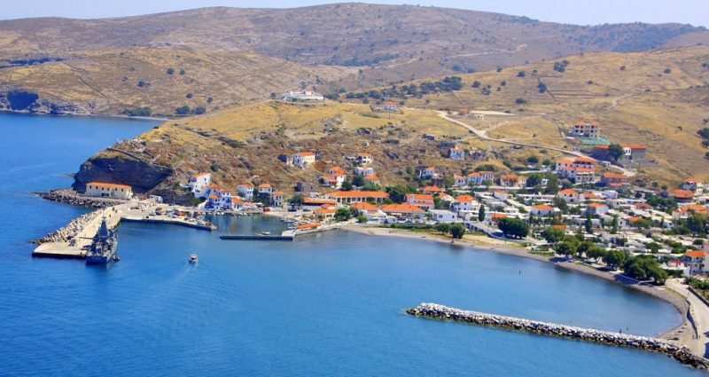 "efstratios 800x425 - TOP 10 ""UNIQUE"" SMALL GREEK ISLANDS WORTH VISITING"