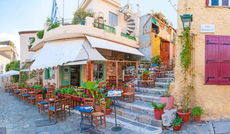Plaka 800x467 - TOP THINGS TO DO IN ATHENS
