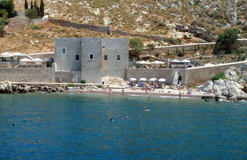 kamini beach - 15 TOP THINGS TO DO IN HYDRA ISLAND GREECE