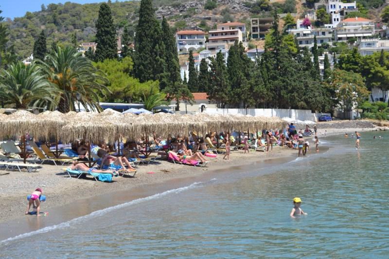 kanali 2 800x533 - The Best Poros Beaches To  Visit