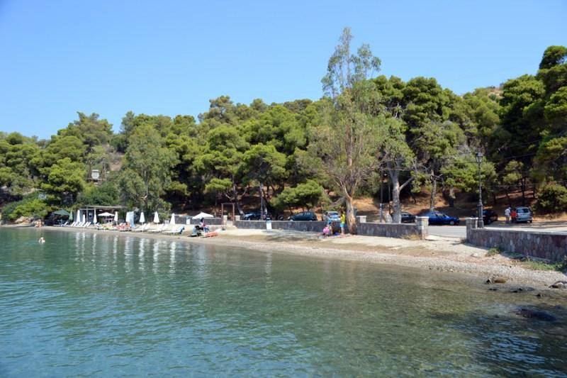 mikroneorio 2 800x533 - The Best Poros Beaches To  Visit