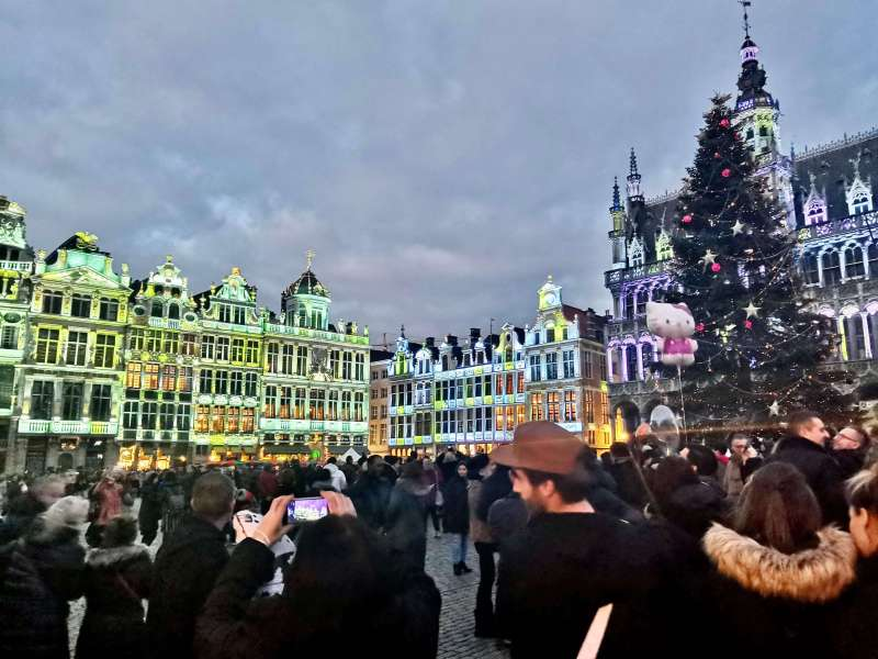 Grand Palace Square 800x600 - Christmas in Belgium: the best holiday itinerary