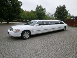 Lincoln Town Car Limo Stretch Limousine -04