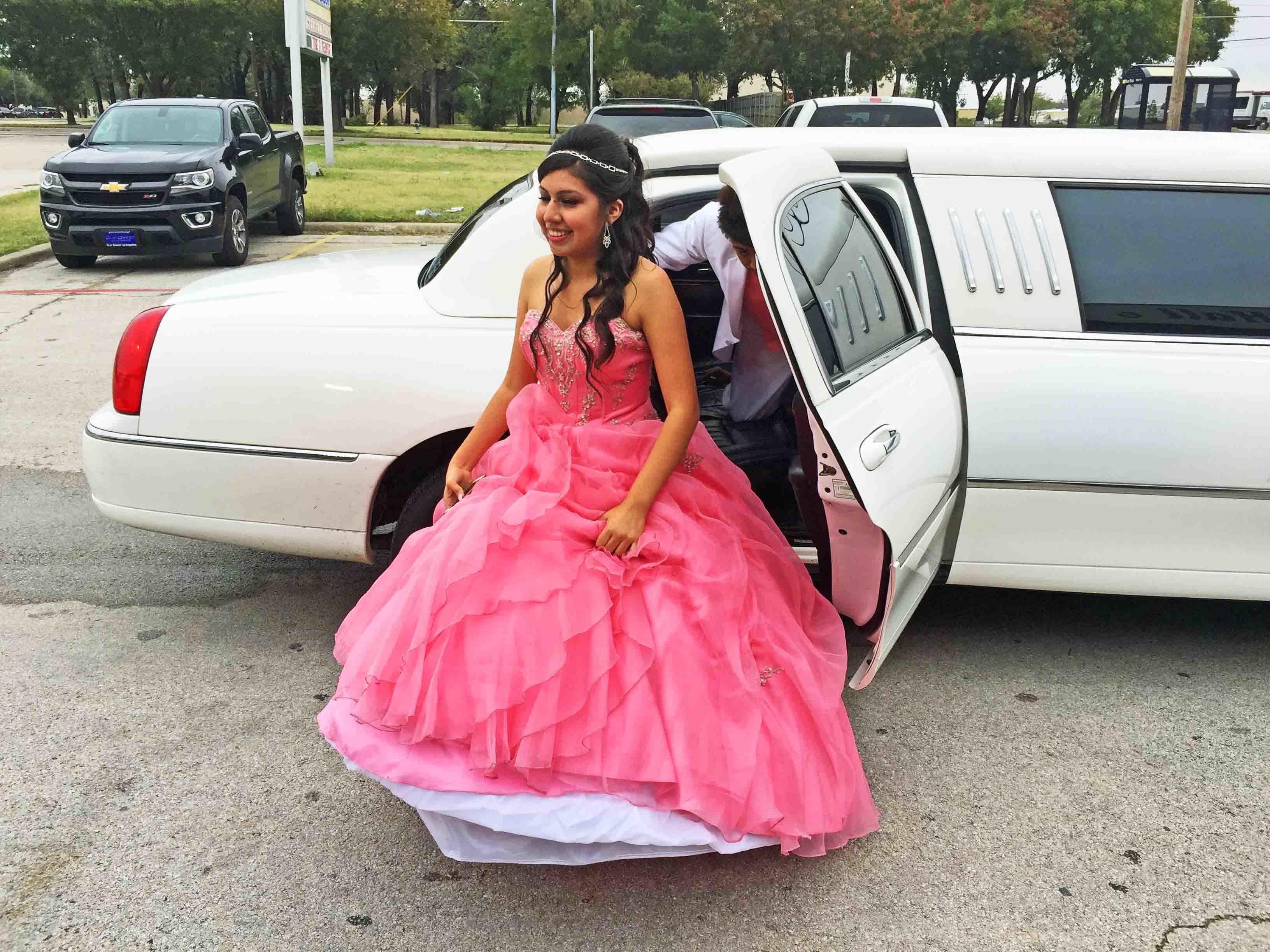 Quinceanera 15 Birthday Limo Party Bus Dallas DFW Fortworth