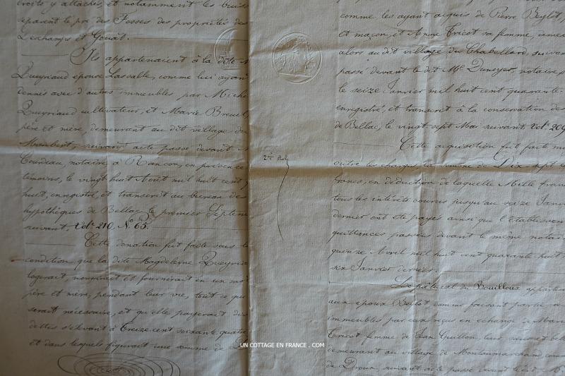 vieux-papiers-acte-notarial-blog-charme-dantan-2s
