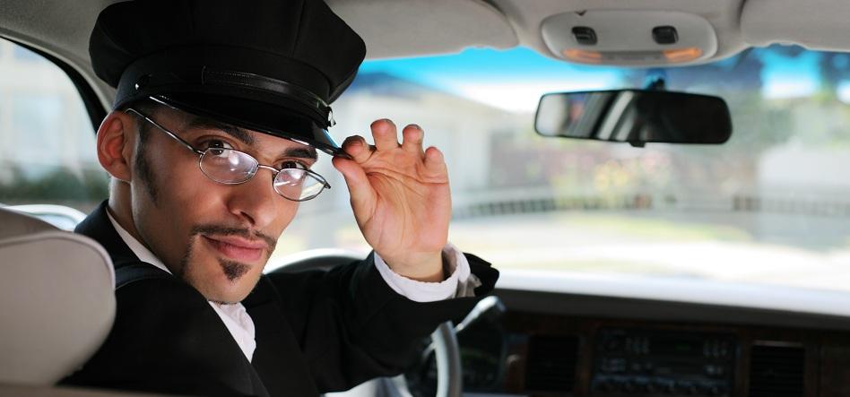 miami-limousine-service-driving