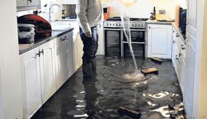 inundação-em-casa