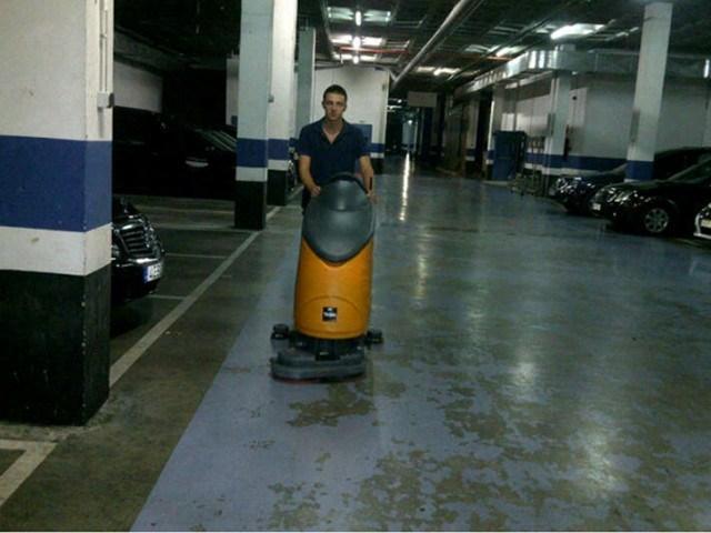 limpieza-de-garaje-en-comunidad-de-propietarios-3-640x480