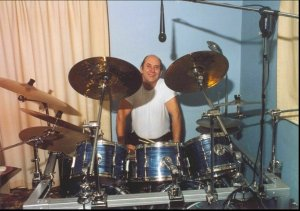 A arthur  drums