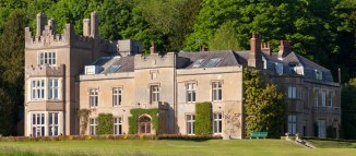 Titsey Place - Open May to September. Gardens, house and tea rooms.http://titsey.org