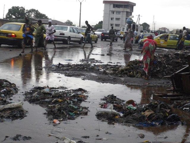 Conakry, la poubelle urbaine | Ma guinée plurielle