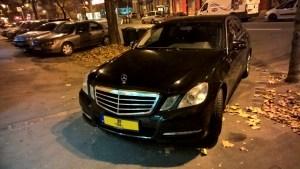 Mercedes 212 fekete limuzin