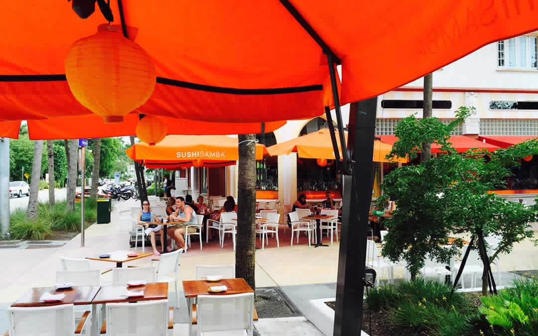 Eating, Drinking, and People-Watching on Lincoln Road