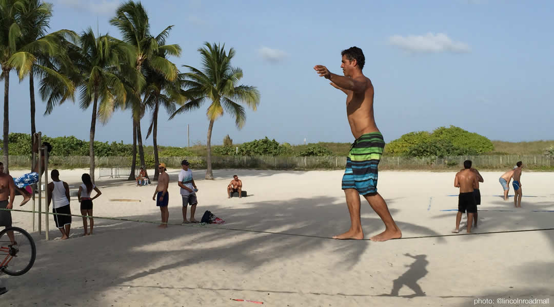 tightrope-workout in South Beach