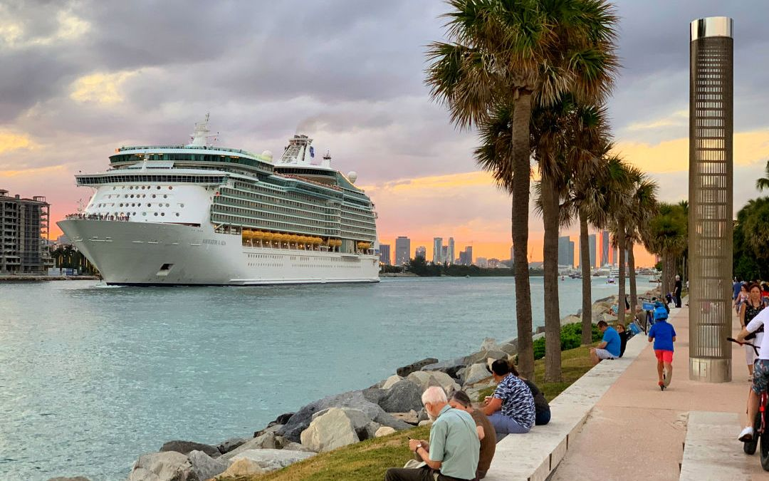 Cruise Ship leaving South Beach