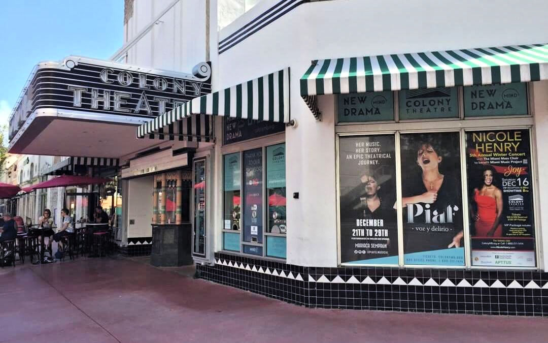 Restaurants Near the Colony Theatre?
