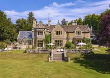 Eight bed Stamford mansion up for sale for £3.85m