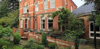 Stunning one bed apartment in Grimsby