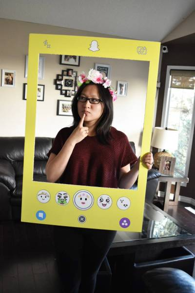 diy social media snapchat filter halloween costume with photoshop file linda hoang. Black Bedroom Furniture Sets. Home Design Ideas