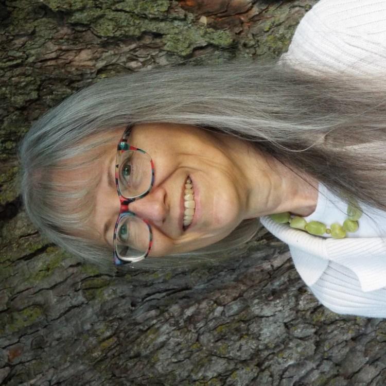 photo of Linda M. Wolfe